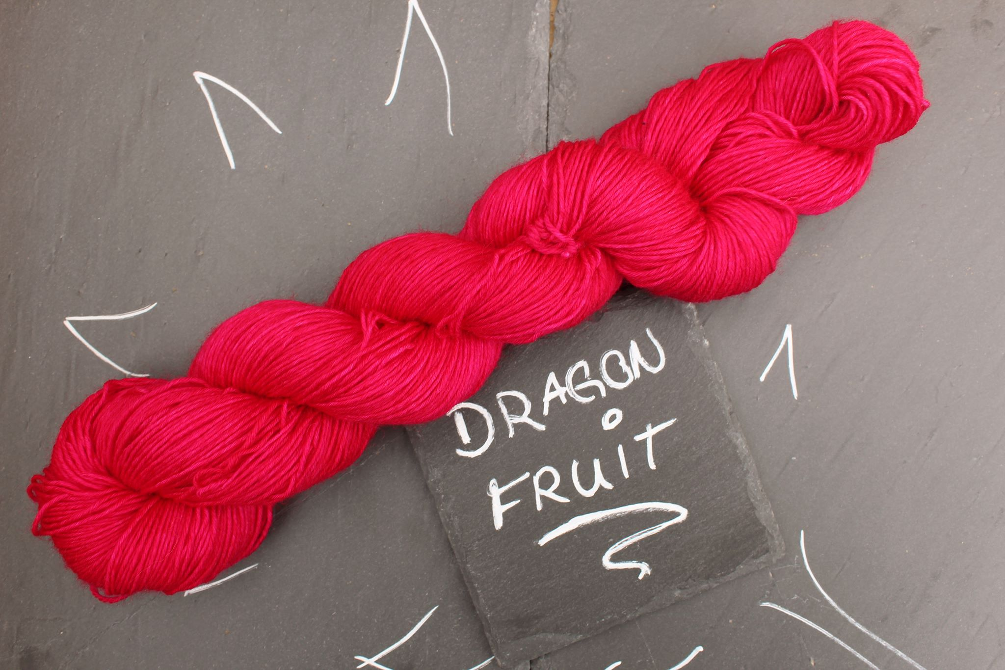 Dragon Fruit Sockenwolle